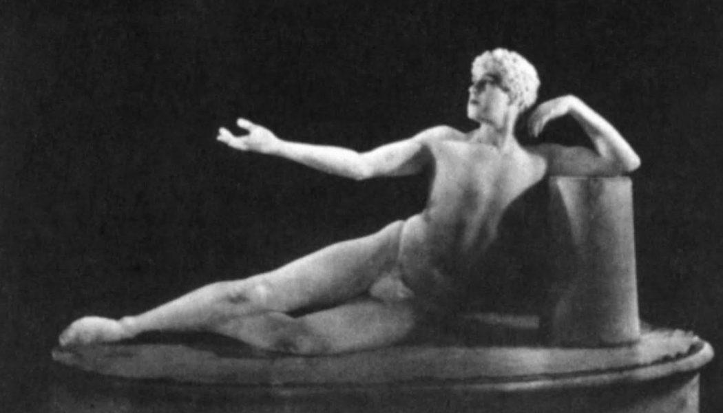 Ted Shawn dans La mort d'Adonis de Lejaren A. Hiller, 1923