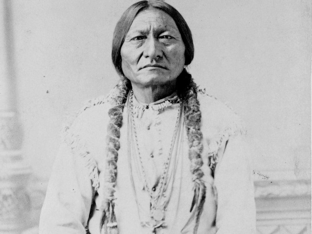 Sitting Bull en 1885. Photo prise à Bismarck, dans le Dakota du Sud.