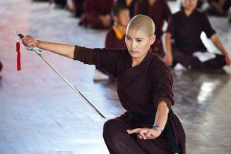 Pratique de l'épée à Druk Amitabha