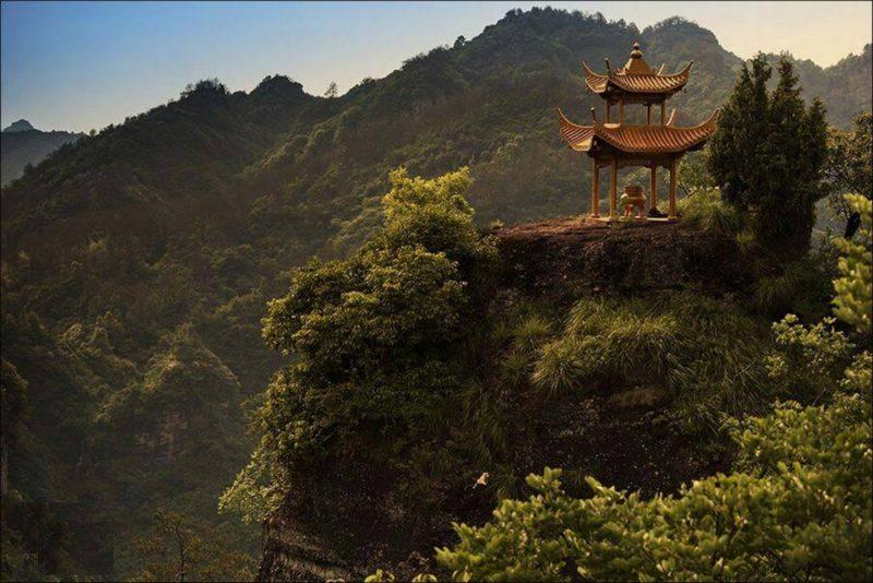 Montagne Qiyun